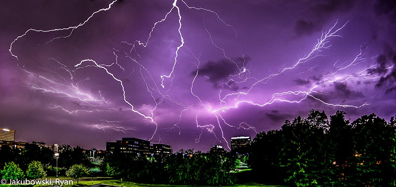 My 3 Step Guide to Capturing Lightning Photos