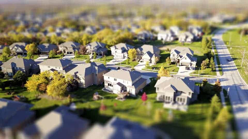 Deep Dive Into The World of Tilt Shift Photography