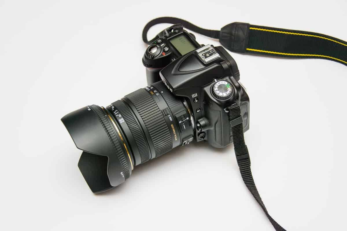Buying used photography equipment: Save money without getting scammed